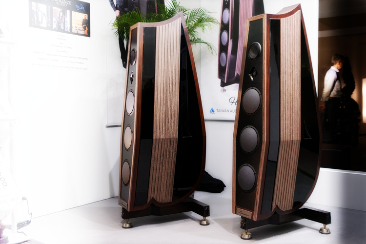 LawrenceAudio harp